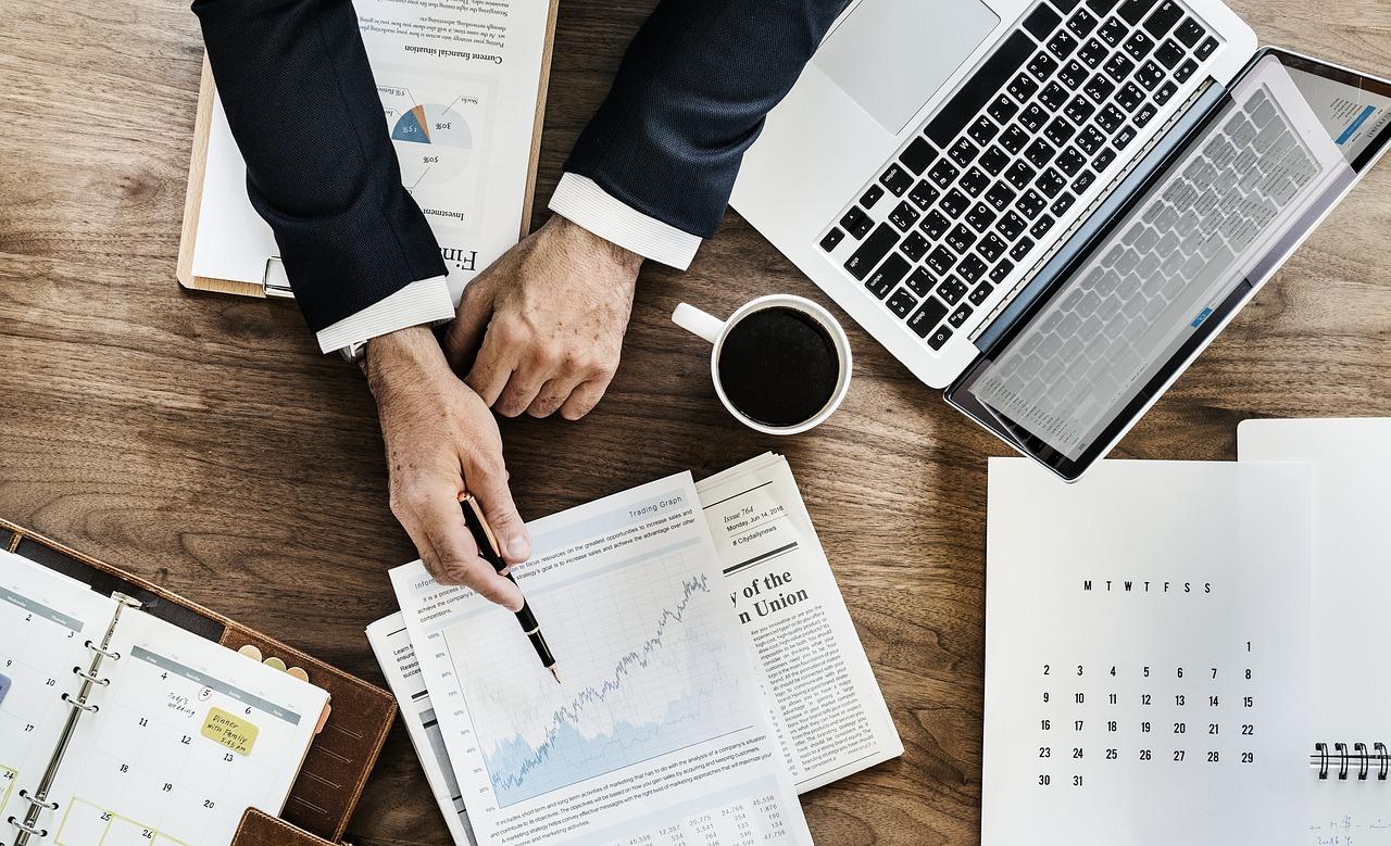 Ausbildung zur/zum Bürokauffrau/mann mit Schwerpunkt Buchhaltung (BKM16)